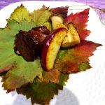 牛肉の長野パープル風味シチューぶどう葉包み